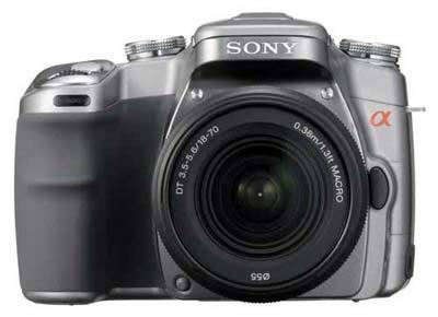 Sony Alpha A100 stříbrný +  DT 18-70 mm