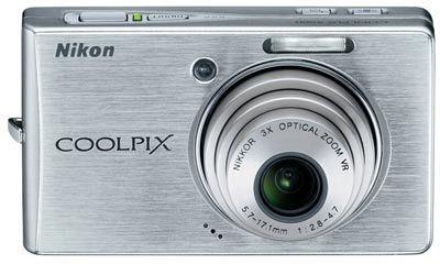 Nikon Coolpix S500 stříbrný + SD 2GB