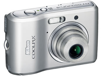 Nikon CoolPix L18 stříbrný