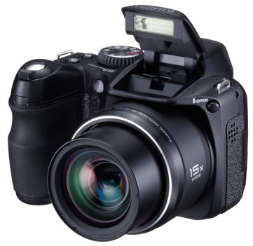 Fuji FinePix S2000HD