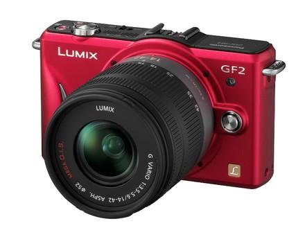 Panasonic Lumix DMC-GF2 červený + 14-42 mm