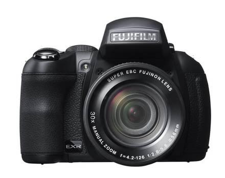 Fujifilm Finepix HS30 + 16GB Ultra karta + brašna 510 + UV filtr 58mm + poutko na ruku!