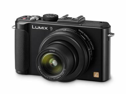 Panasonic Lumix DMC-LX7 + 8GB karta + pouzdro 7H + automat. krytka!