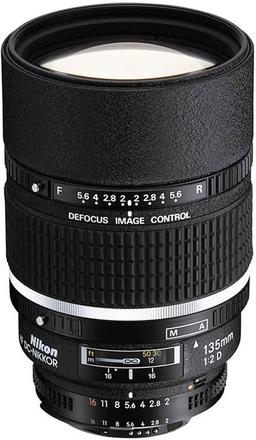 Nikon 135mm f/2,0 AF DC-NIKKOR D A