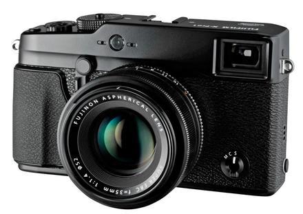 Fujifilm FinePix X-Pro1 tělo + 18 mm + 27 mm
