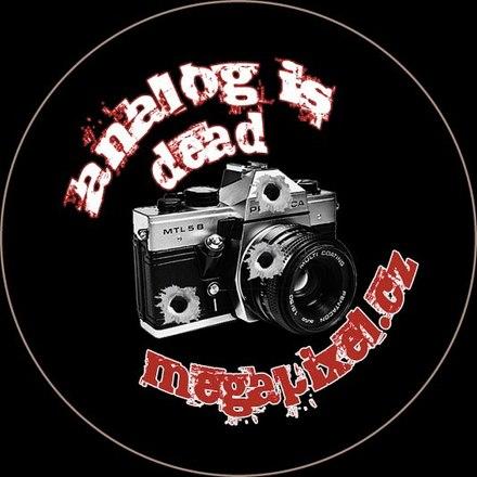 Megapixel odznak: Analog is death