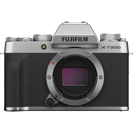 Fujifilm X-T200 + 15-45 mm stříbrný