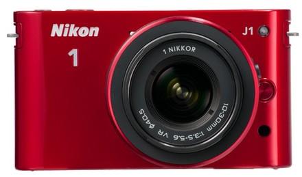 Nikon 1 J1 + 10-30 mm + 30-110 mm červený