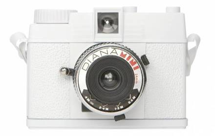 Lomography Diana Mini White