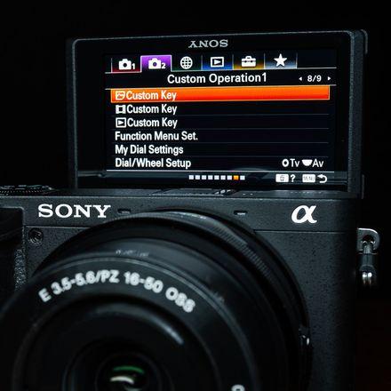 Jak ovládnout menu u Sony Alpha