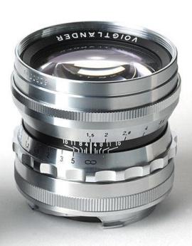 Voigtlander Nokton 50mm f/1,5  pro M-bajonet stříbrný