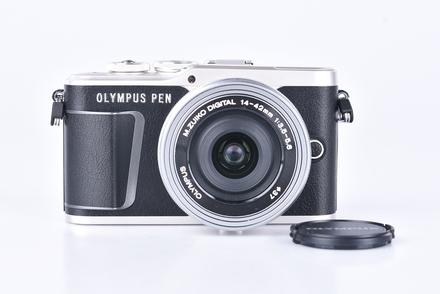 Olympus PEN E-PL9 + 14-42 mm EZ bazar
