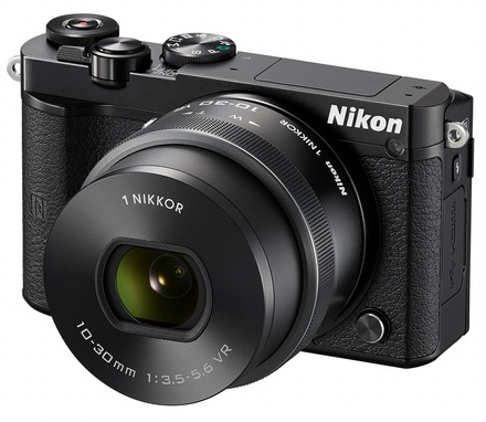 Nikon 1 J5 + 10-30 mm VR PD-ZOOM černý + 18,5 mm/ f 1,8 NIKKOR