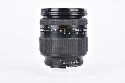 Nikon 28-200mm f/3,5-5,6 AF NIKKOR D bazar