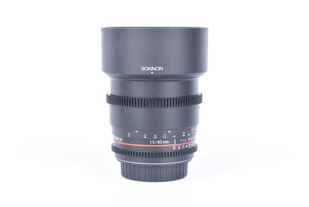 Rokinon 85 mm f/1,5 UMC Version II pro Canon bazar