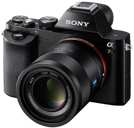 Sony Alpha A7R +  FE 55 mm f/1.8 ZA Sonnar T!