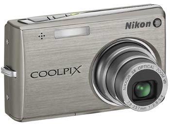 Nikon CoolPix S700 stříbrný