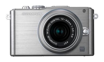 Olympus E-PL3 + 14-42 mm II R stříbrný + 8GB karta + brašna Pack 80!