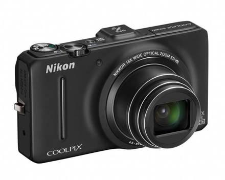 Nikon Coolpix S9300 černý