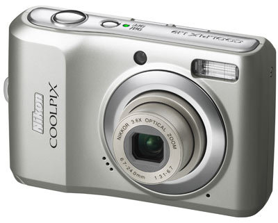 Nikon CoolPix L19 stříbrný