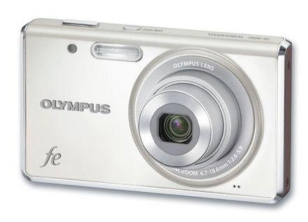 Olympus FE-4040 bílý