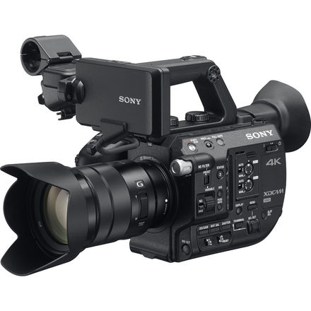 Sony PXW-FS5 + 18-105mm f/4 G OSS